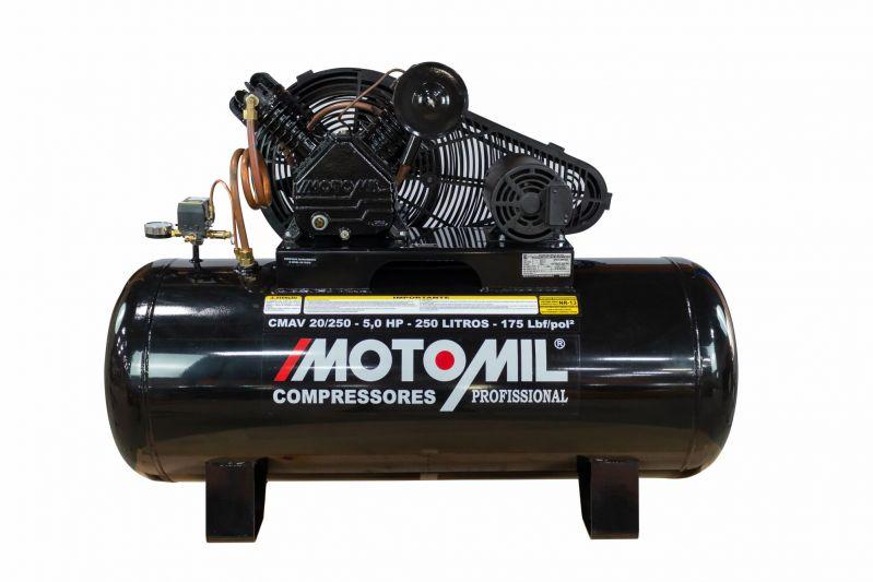 Compressor de Ar Profissional 1 Estágio 25 PCM 200 Litros Trifásico 220/380V Motomil