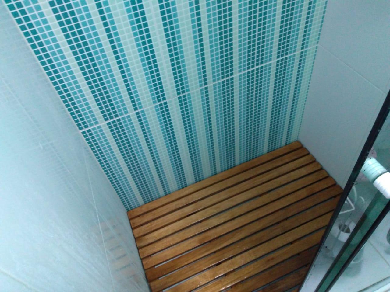 Deck De Madeira Chuveiro Box Banheiro Capacho 132x82 cm Pintado