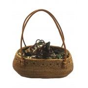 Bolsa Tradicional em Rattan com Interior em Tecido Batik Escuro ( Alça 20cm - Bolsa 31cm )
