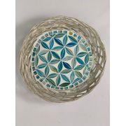 Cesto / Petisqueira em Rattan com Mosaico Floral Azul Claro