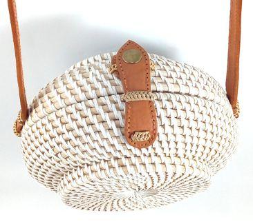 Bolsa Circular ( Branca ) em Rattan com Interior em Tecido ( 20 cm )