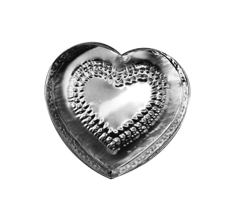 Caixa em Formato de Coração c/ Detalhes em Alto-Relevo ( 12cm )