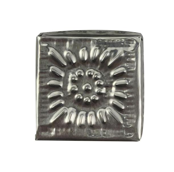Caixa Quadrada em Alumínio c/ Detalhes em Alto-Relevo ( 06cm )