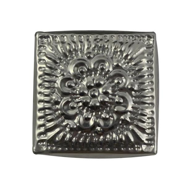 Caixa Quadrada em Alumínio c/ Detalhes em Alto-Relevo ( 08cm )