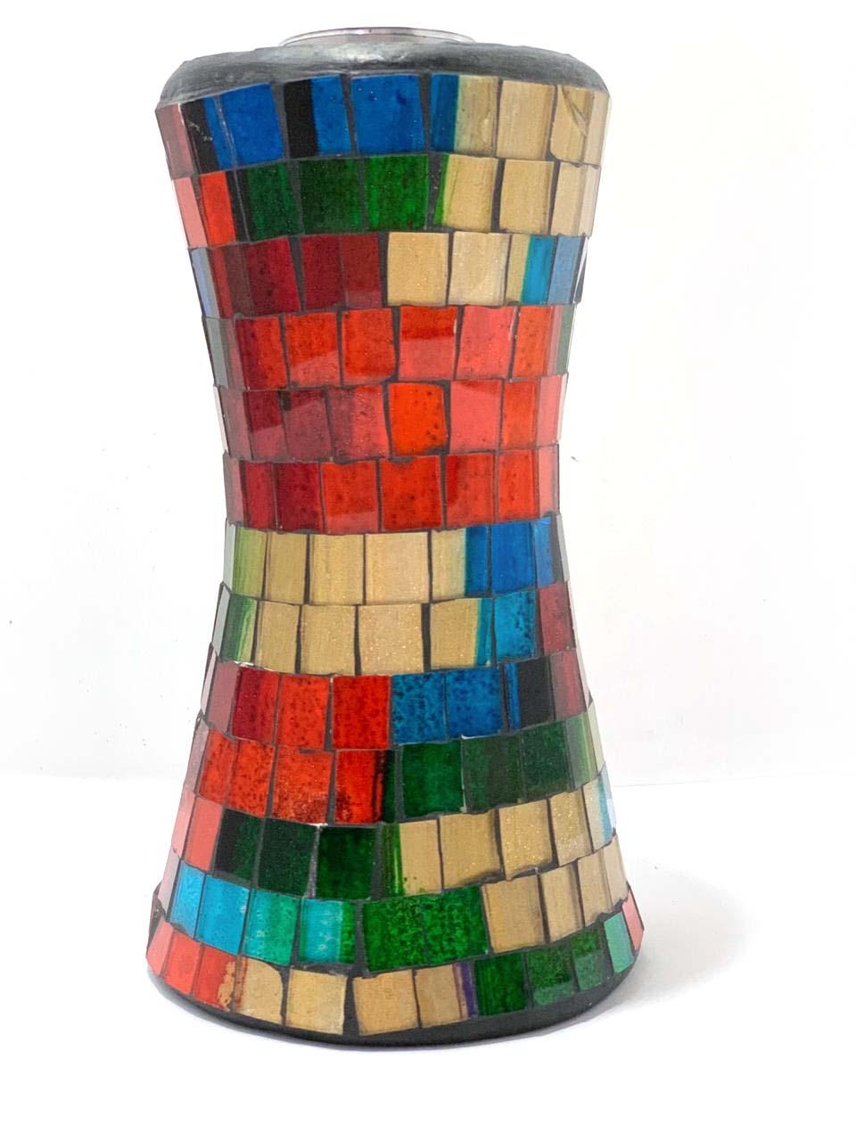 Castiçal de Cerâmica e Mosaico de Vidro Colorido ( 18 x 10 cm )