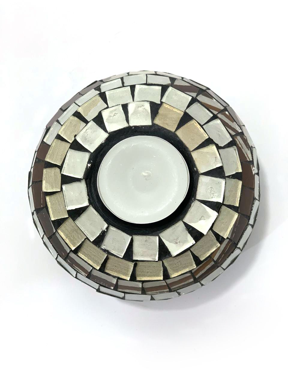 Castiçal Redondo em Cerâmica e Mosaico de Vidro Branco e Preto