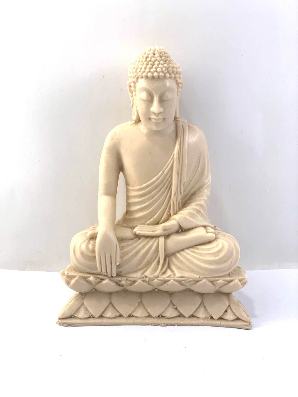 Buda Sidartha (Branco) em Resina (20cm)