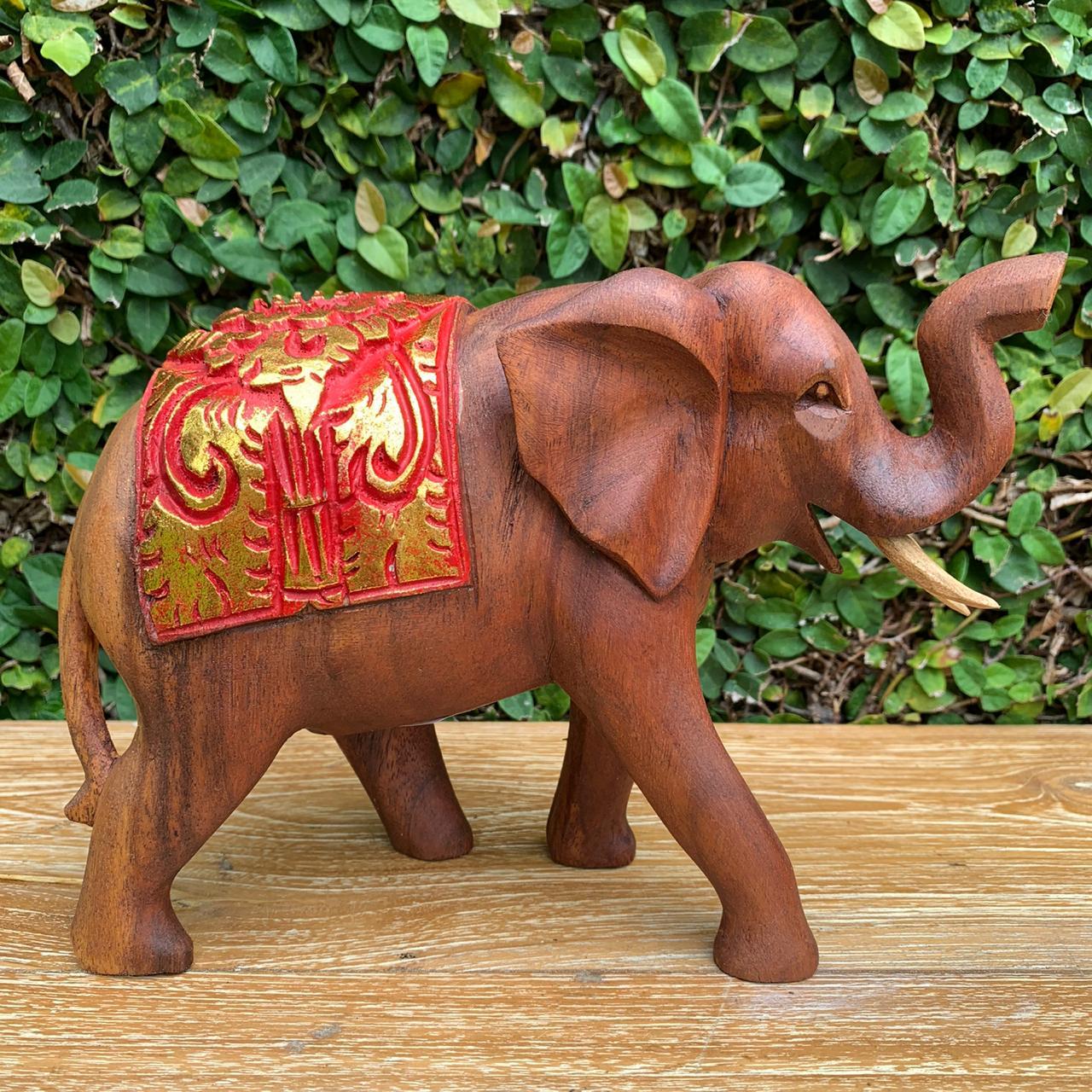 Escultura Elefante com Manto em Madeira Suar - Vermelho e Dourado ( 15/20/30cm )