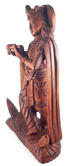 Escultura Krishna em Madeira Suar ( 17x22x7 cm )