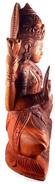 Escultura Lakshmi em Madeira Suar ( 24x33x10 cm )
