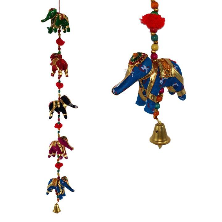 Mobile de Elefantes de Tecido e Missangas com Mosaico de Espelho ( 70cm )