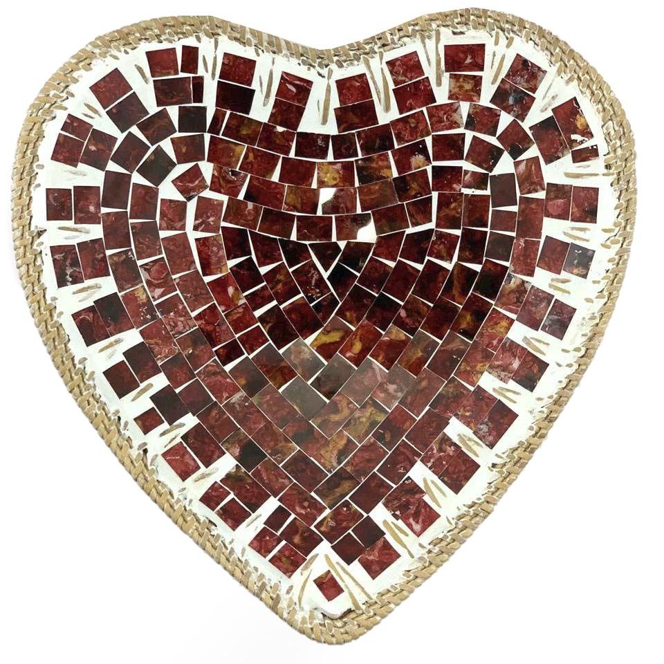 Pratos Cerâmica c/ Mosaico Vidro em Formato de Coração e Bordas em Rattan ( 25 cm )