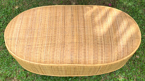 ( FRETE INCLUSO ) Puf em Rattan (CLARO) com Pés em Madeira Teca ( 100x55x40cm )