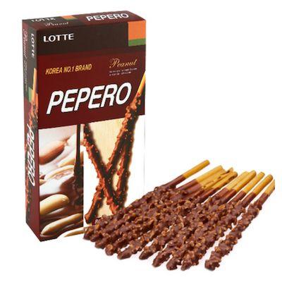 Biscoito de Palito coberto com Amendoim e Chocolate Pepero  Lotte 36g