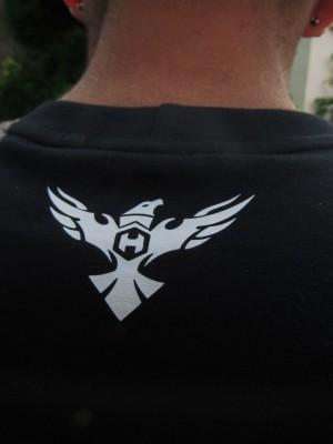 Camiseta HOSTER Preta Back Side
