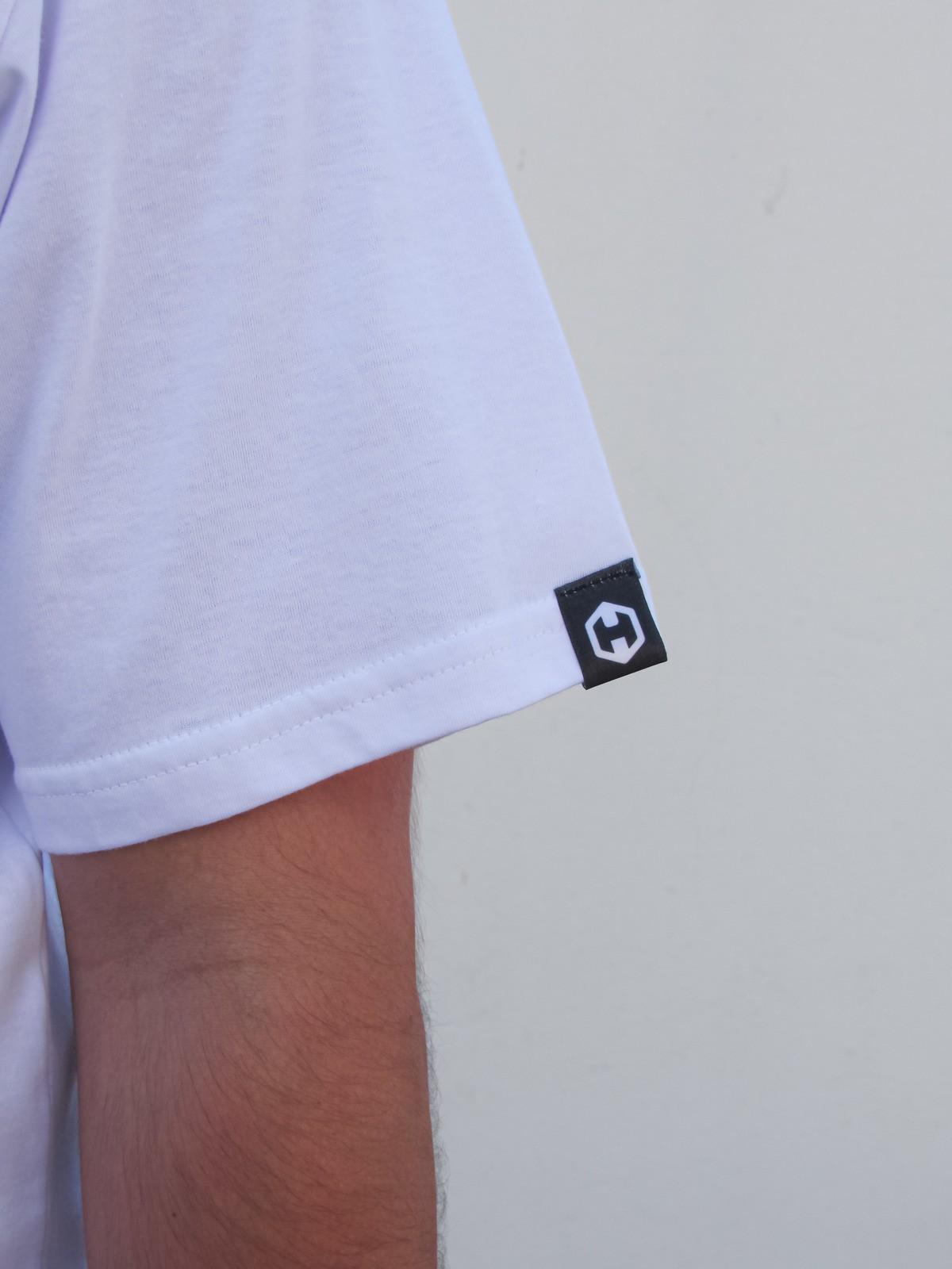 Camiseta HOSTER Branca Swell New