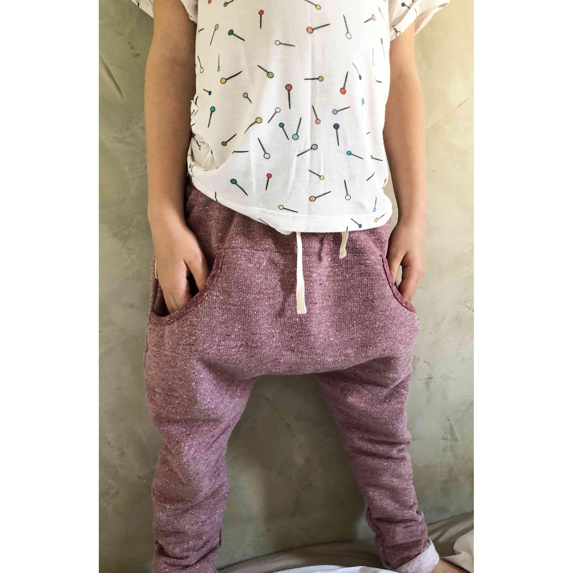 Calça infantil saruel bolso framboesa