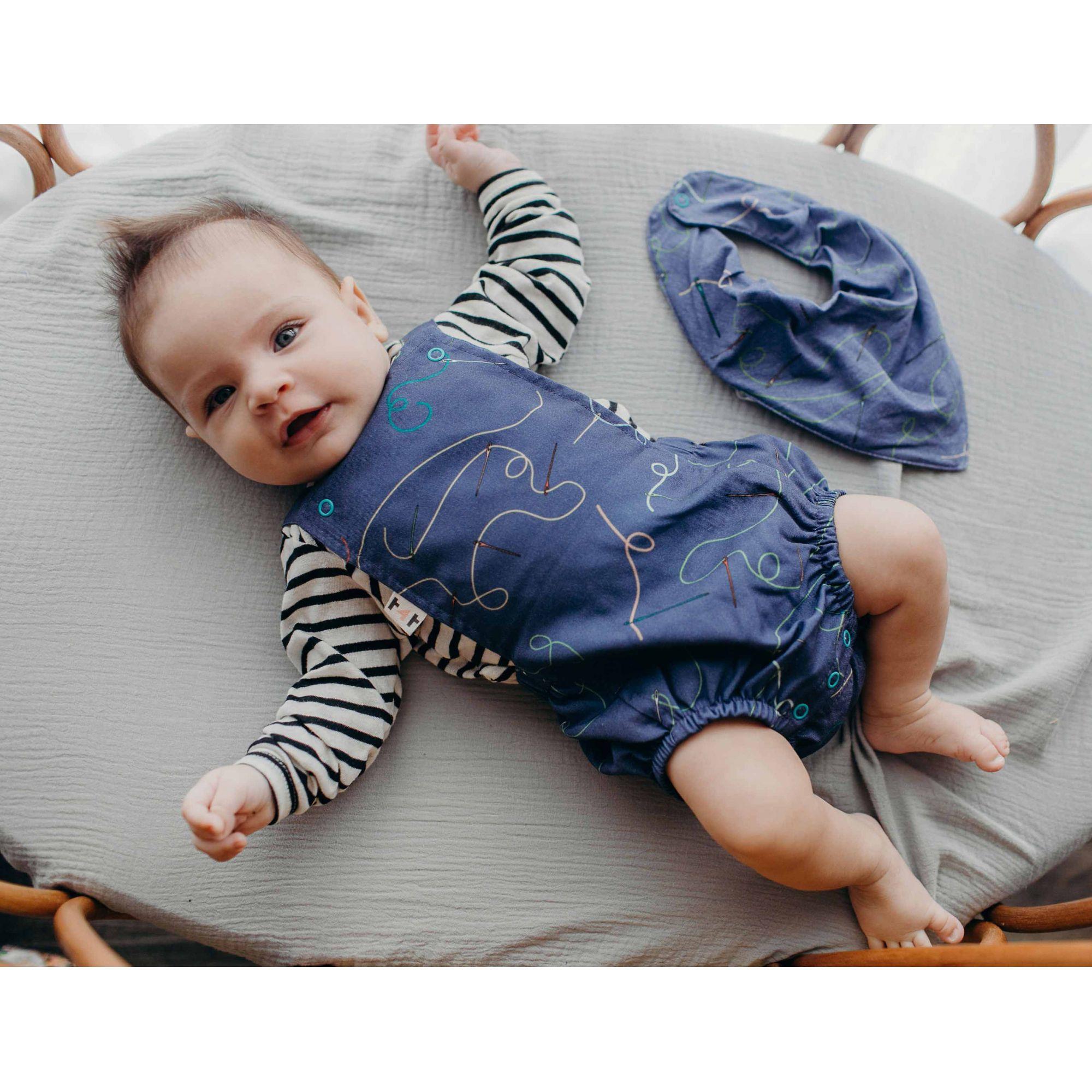 Romper Jardineira vintage Bebê agulha e linha