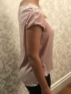 Blusa com Prega Nude Claro