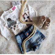 Conjunto short jeans e blusa off MOMI