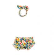 Kit bebê off  flores e borboletas FÁBULA