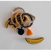 Kit pulseiras e presilha Boho Peace Love banana