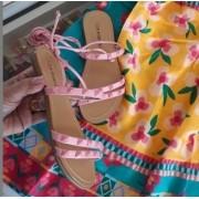 Sandália rosa amarração CONTRAMÃO