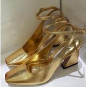 Sapato dourado CECCONELLO