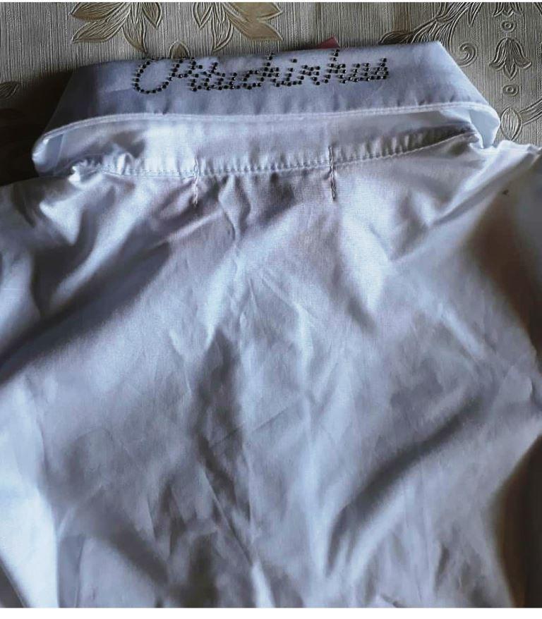 Camisa branca com babados PITUCHINHUS