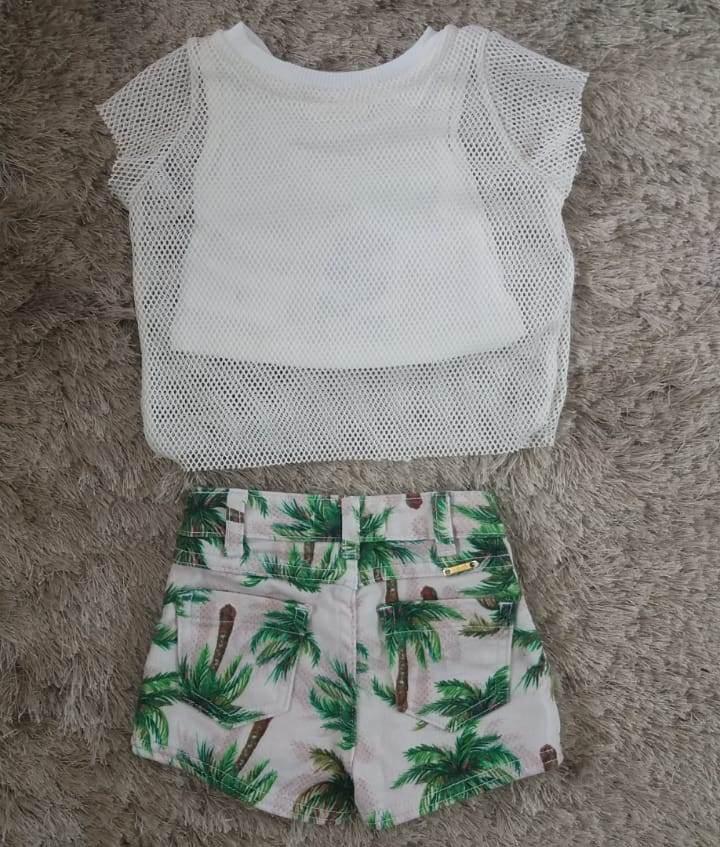 Conjunto Animê blusa de tela e short estampado de coqueiro