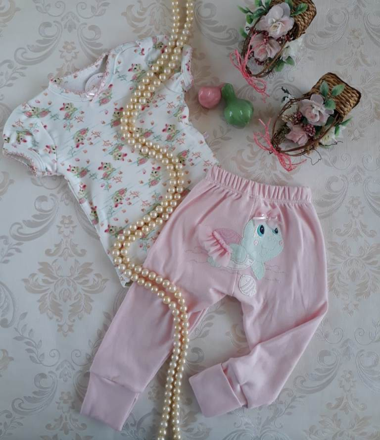 Conjunto body e calça tartaruga UPI ULI
