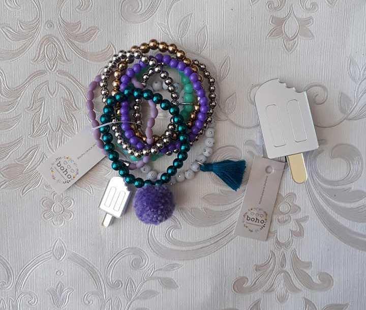 Kit pulseiras com presilha BOHO PEACE LOVE