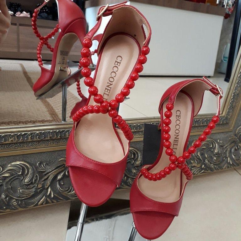 Sandália vermelha CECCONELLO