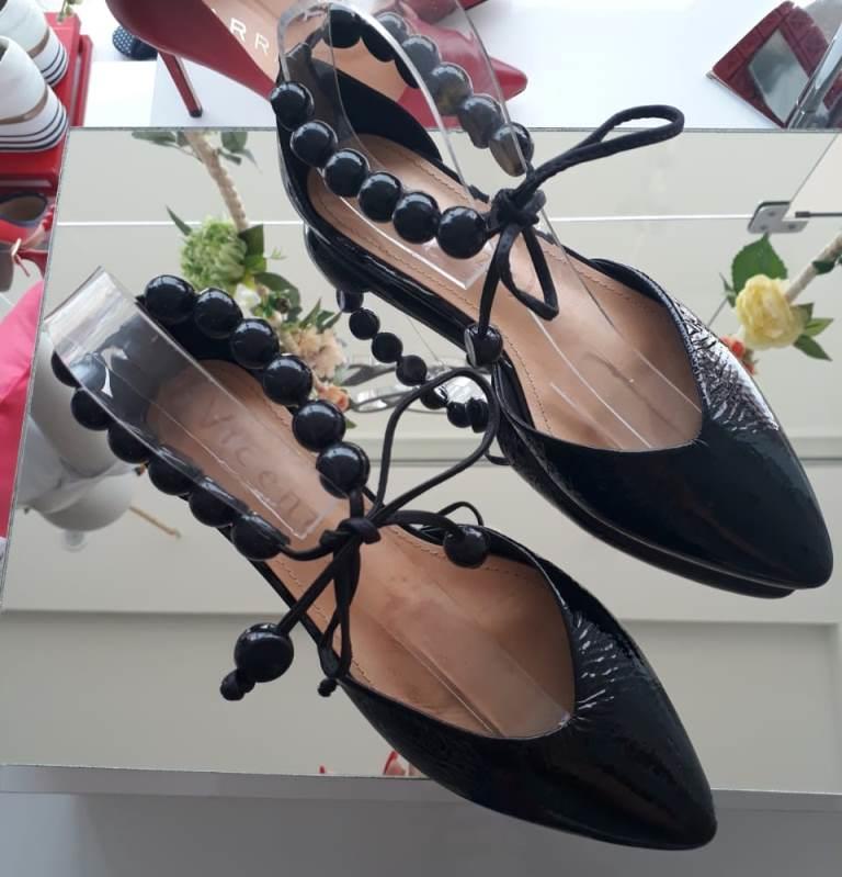 Sapatilha Vicenza preta verniz com amarração