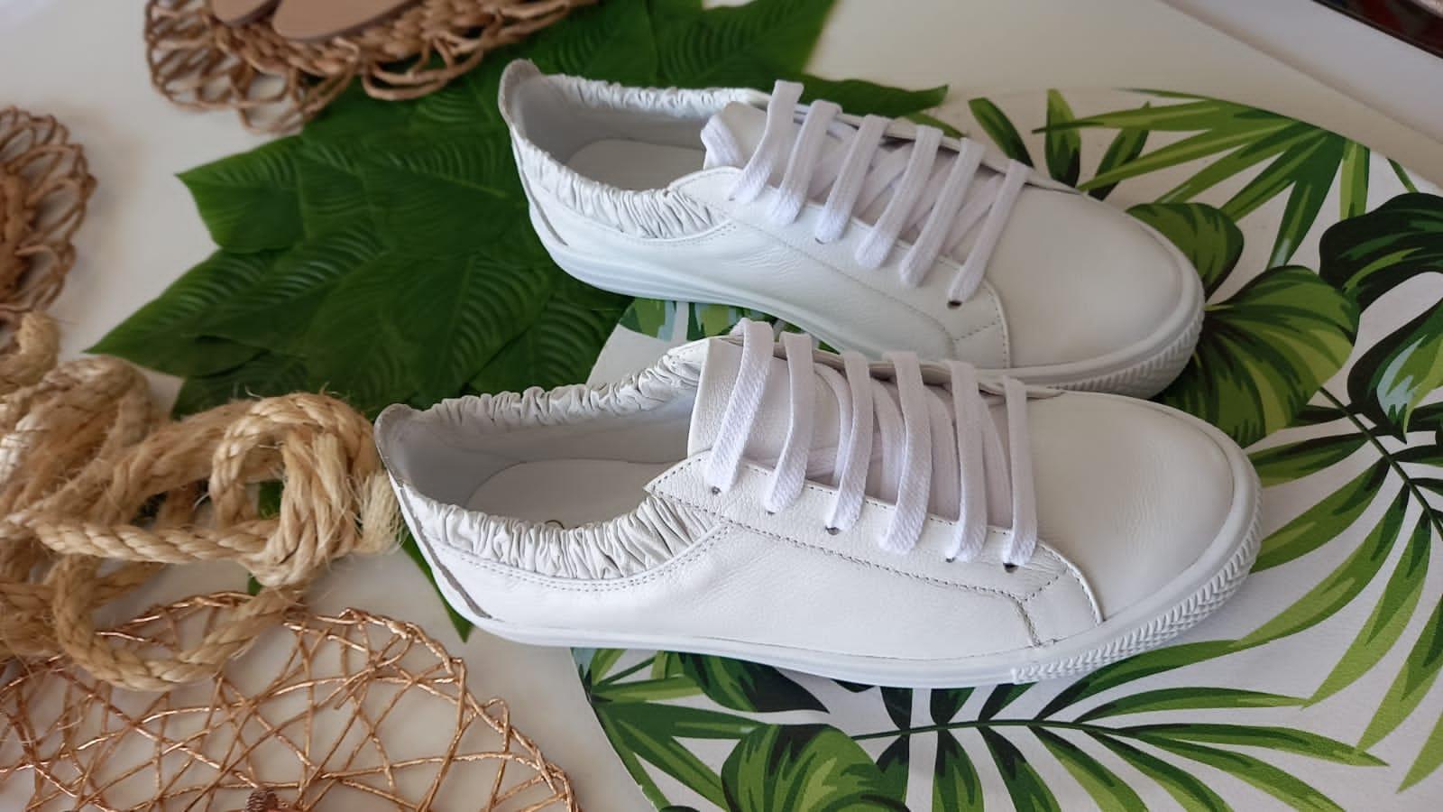 Tenis branco MAITHE
