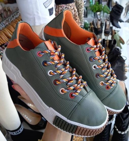 Tênis ORCADE verde militar