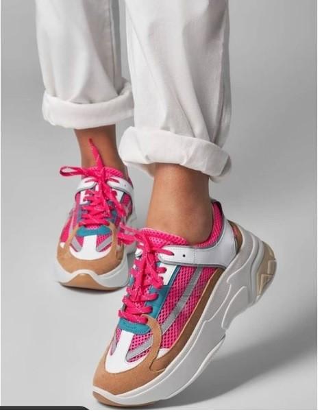 Tênis Sneaker Avelã com pink neon SMIDT