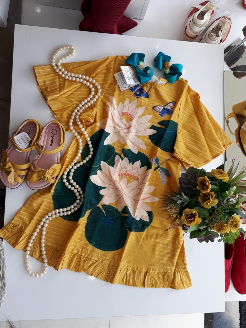 Vestido amarelo FÁBULA