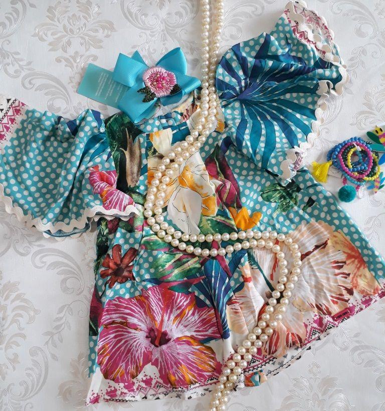 Vestido CAMU CAMU poá com flores verdes