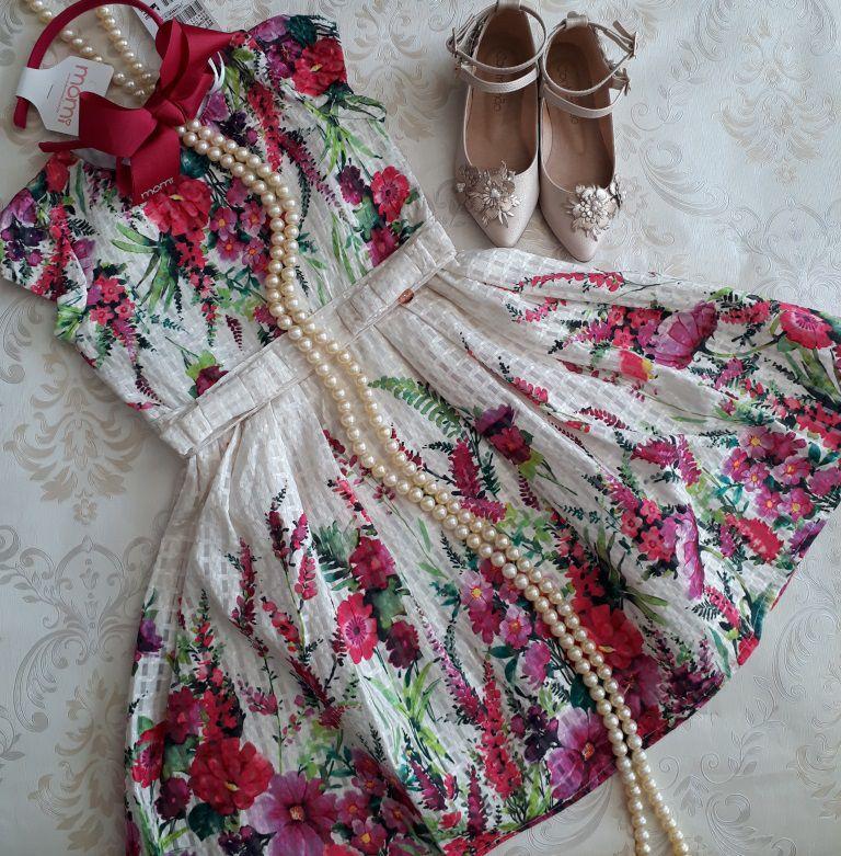 Vestido festa off white floral MOMI