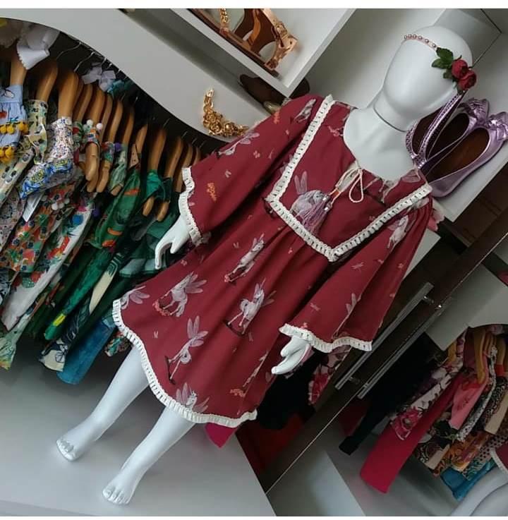 Vestido marsala de unicórnios CAMU CAMU