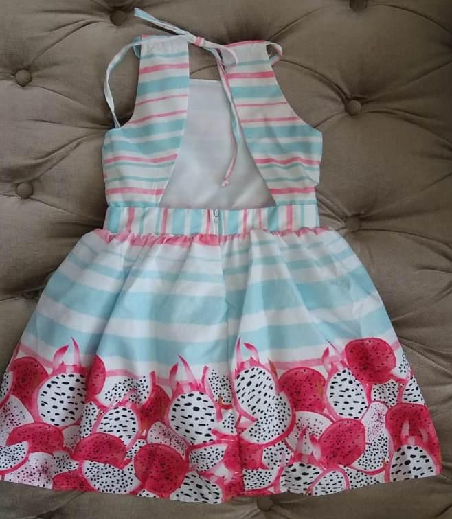 Vestido Mon Sucré Festa barrado Pitaya