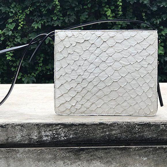 Bolsa Pirarucu off-white M