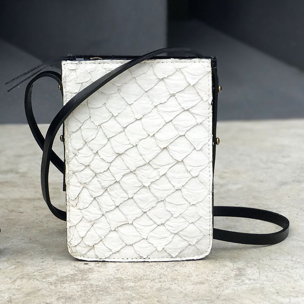 Bolsa Pirarucu off-white P