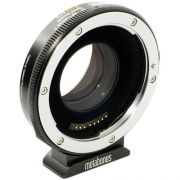 Metabones T Speed Booster Ultra 0,71x Adaptador para Lente Canon Full-Frame EF-Mount para Câmera Micro Four Third-Mount