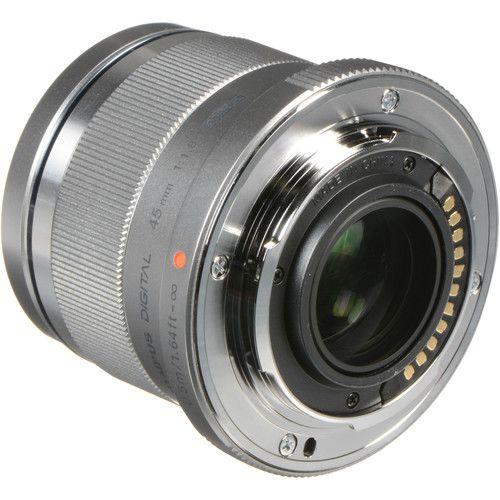 Lente Olympus M. Zuiko Digital ED 45mm f1.8 (Prata) para Câmeras Micro 4/3 - Versão Internacional