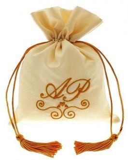 Embalagem de tafetá bordado  - fechamento com cordão de cetim e pingente de seda 12x18 - Linha Premium 1216