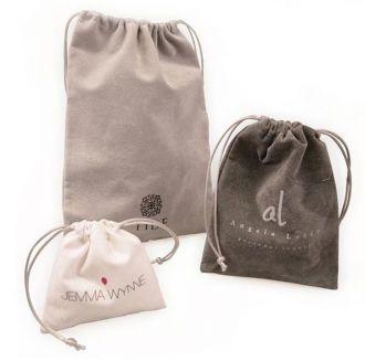 Saquinho de Camurça para joias - Tamanho 10 x 15 personalizada  - Para outros tamanhos consulte - Linha Classic 1091