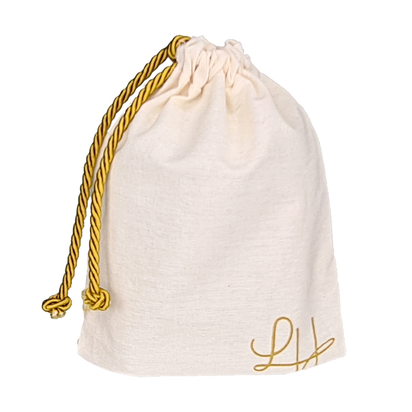 Embalagem de Algodão Cru Borda Simples 15x15 Personalizado em Serigrafia 1 Cor Fechamento com Cordão de Seda Trançado    - Litex Embalagens