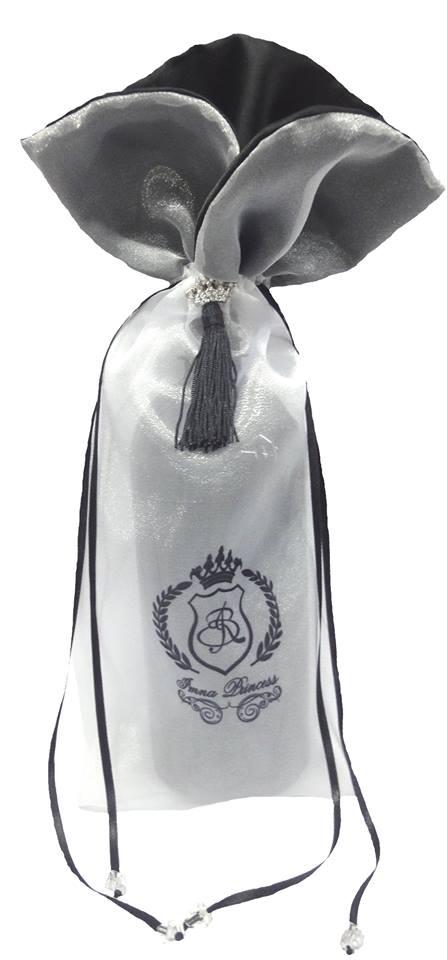 Embalagem de organza impressão sublimática - Borda gola - Fechamento pingente de seda 18x40 - Linha Premium 1669  - Litex Embalagens